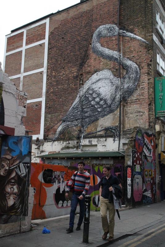 Street art Londres - 11 - Crane, par Roa, Hanbury Street